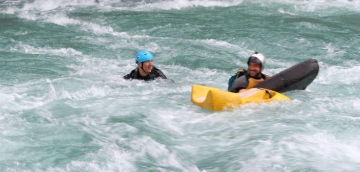 River Surfing – Ohne Boot einem Wildwasserfluß ausgesetzt sein